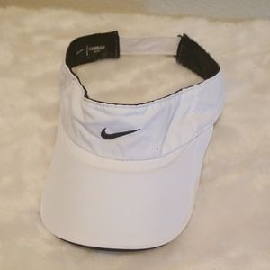 Nike Dri-Fit Feather Lite Visor Black and White